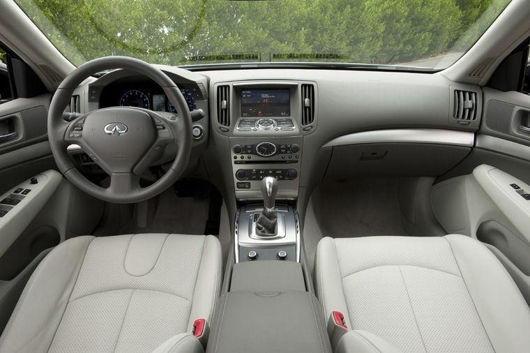 2011 Infiniti G25 Sedan Cockpit Picture Pic Image